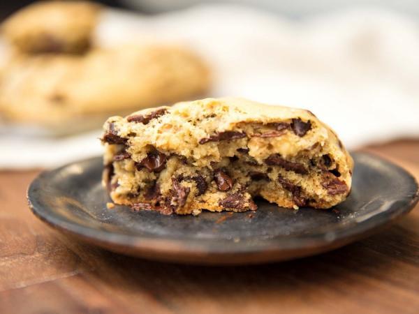The Craze Around Big Cookies