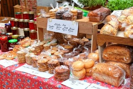 Selling Baked Goods at Farmers' Markets